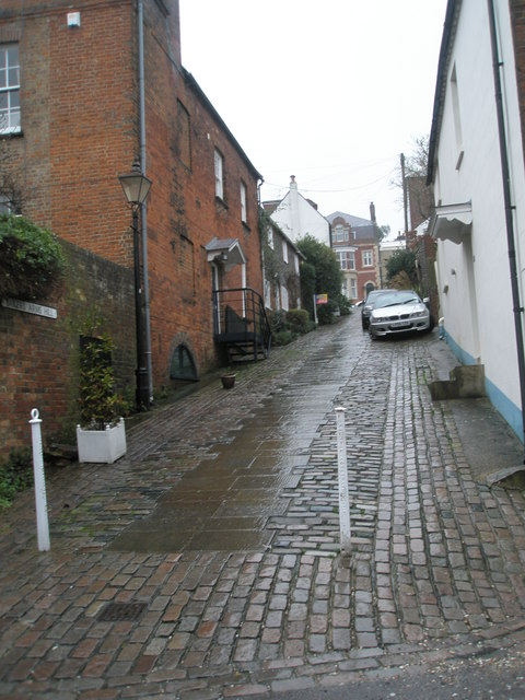 Bakers Street Hill on a wet December afternoon