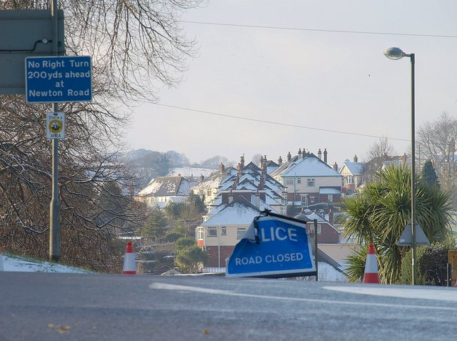 Old Woods Hill closed, Torquay