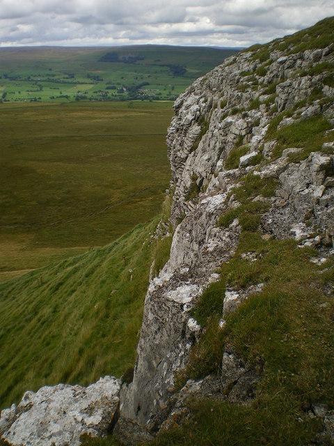 Limestone scar Addlebrough