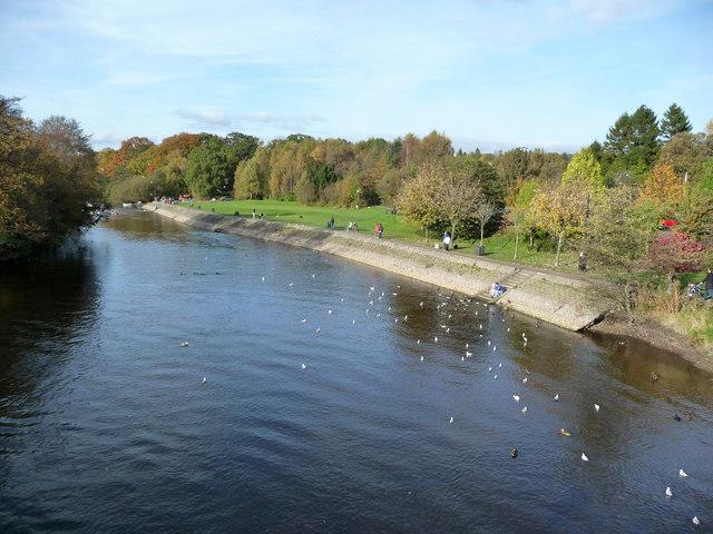 River Leven above Balloch Bridge