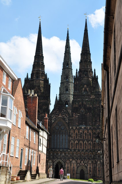 Approaching the West Door - Lichfield Cathedral