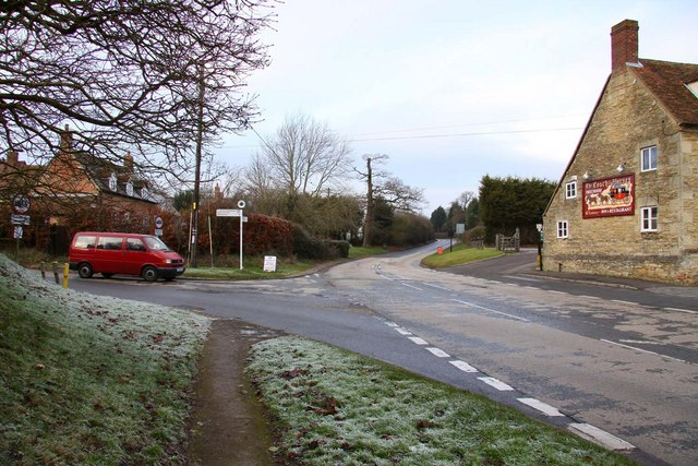 Junction of the B4015 with the B480