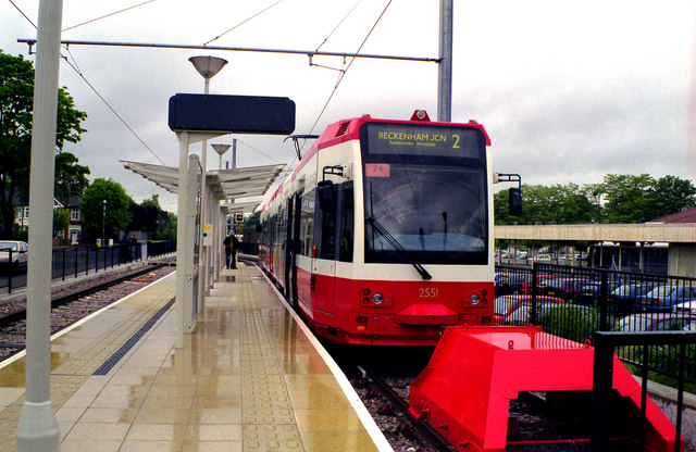 Trams: First day at Beckenham Junction
