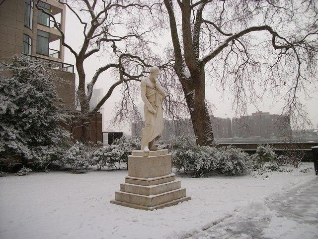 Statue in Pimlico Gardens, London
