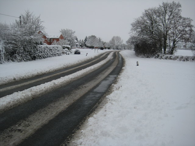 A38 in snow, Earl's Croome