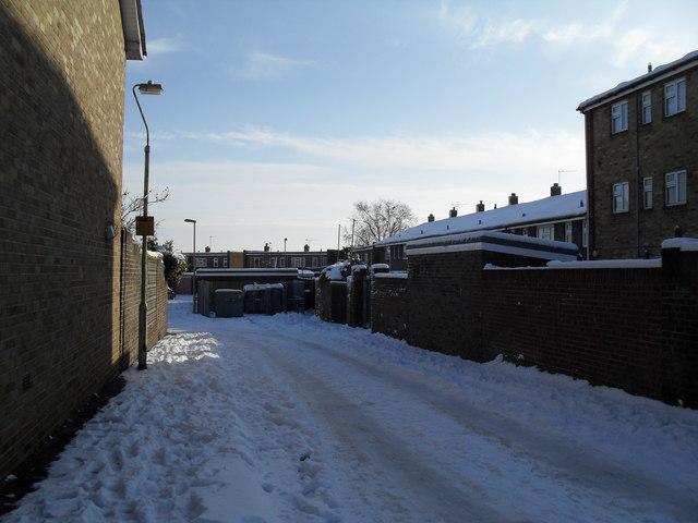 Yaldhurst Close after January snow