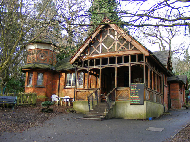 Lodge Cafe in Queen's Wood