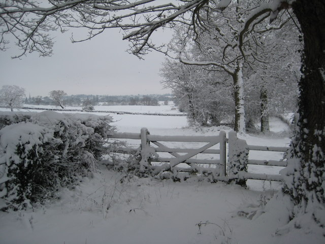 Footpath to Upton-upon-Severn