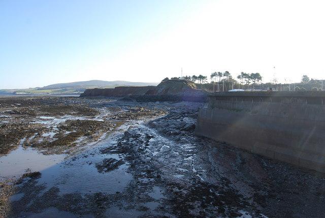 Wave cut platform backed by cliffs, Watchet Harbour