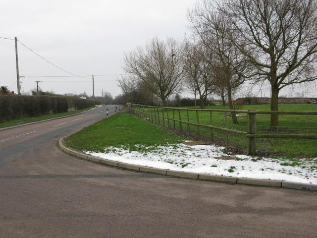 View S along Ebbsfleet Lane