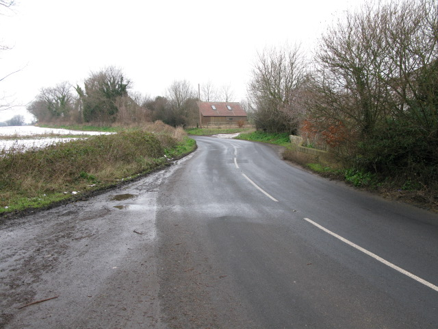 View along Grinsell Hill from lay-by