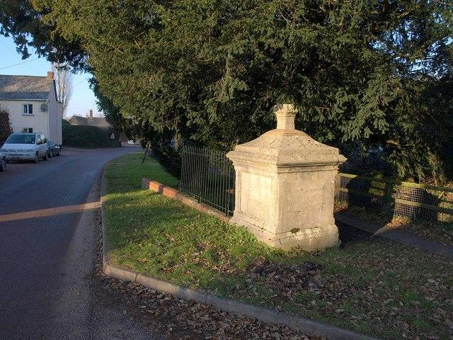 Well house, Woodbury Salterton