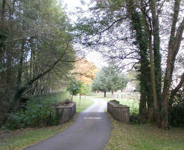 Dowlais Brook bridge, Llantarnam Abbey