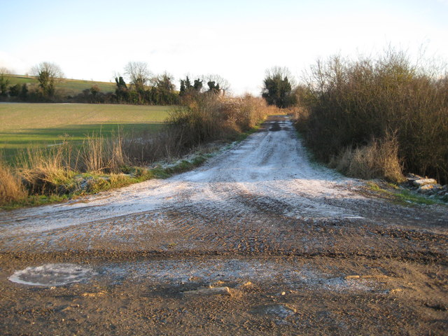Elton Farm: Former Lambourn Valley Railway