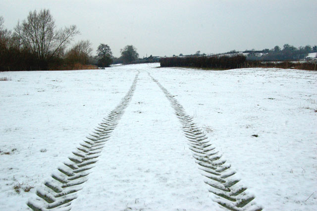 Tractor tracks in the snow, Birdingbury