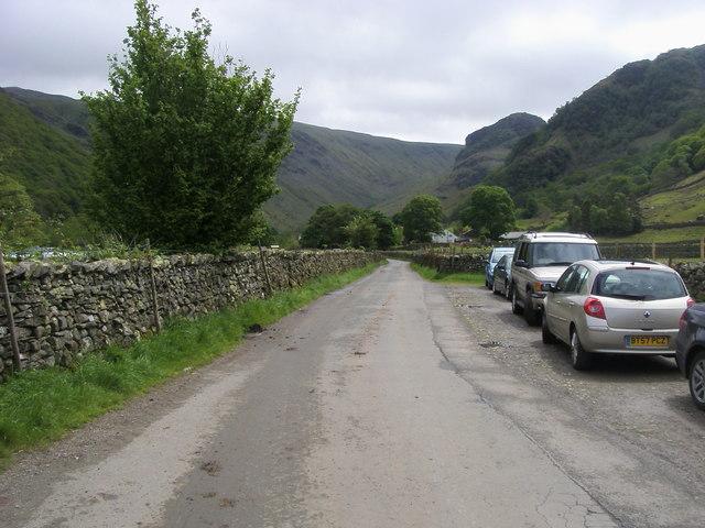 Lane nearing Stonethwaite