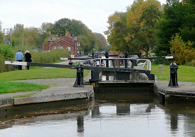Middle Lock at Fradley, Staffordshire