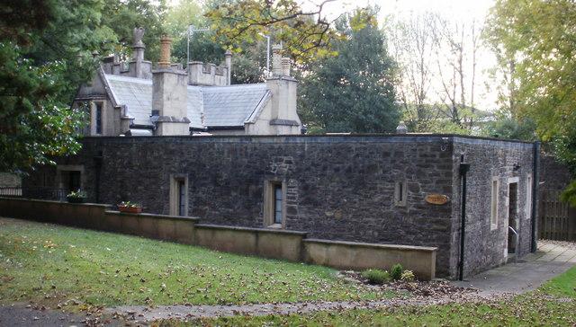 Magna Porta Cwrt, Newport Road, Llantarnam