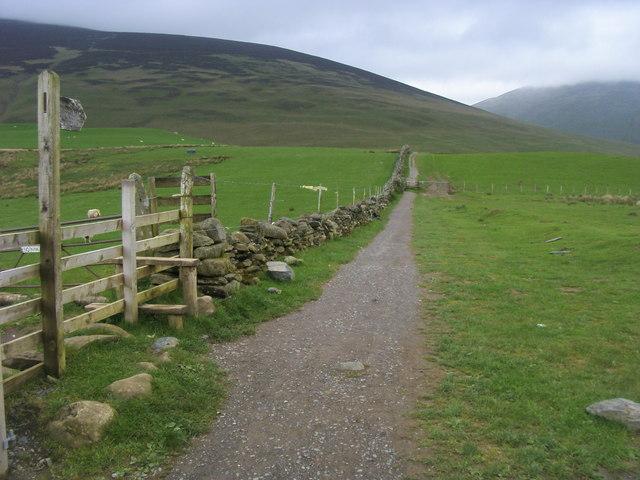 Start of footpath to Skiddaw