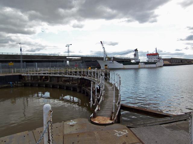 Inner Lock Gate - Albert Dock