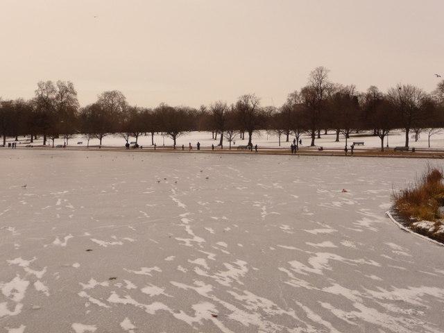 Hyde Park: view across the frozen Serpentine