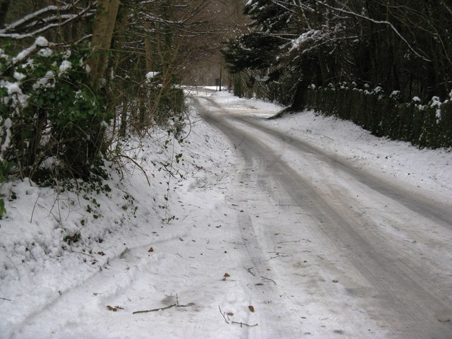 Baycombe Lane approaching its junction with the A 29