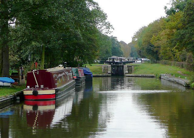 Approaching Hunts Lock near Fradley, Staffordshire