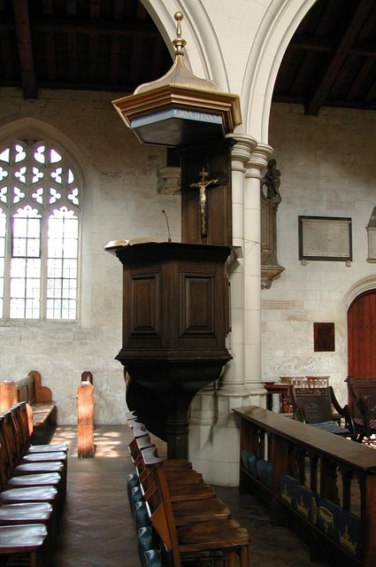 All Saints, Carshalton - Pulpit