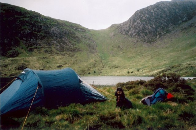 Wild campsite on the isthmus between the lakes