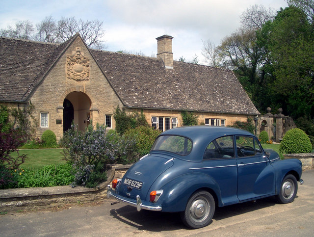 Morris at the Almshouses