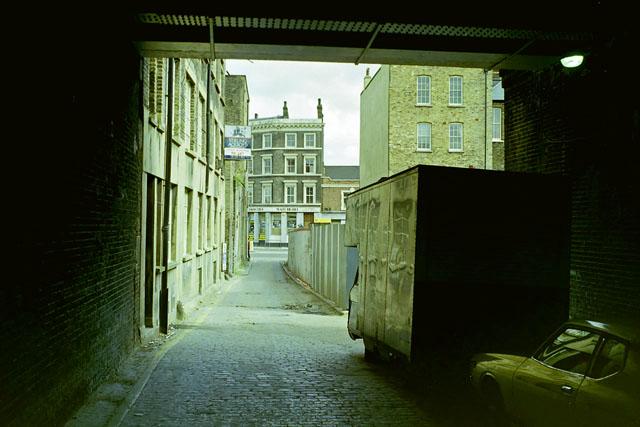 Plough Yard,  EC2, early 1988
