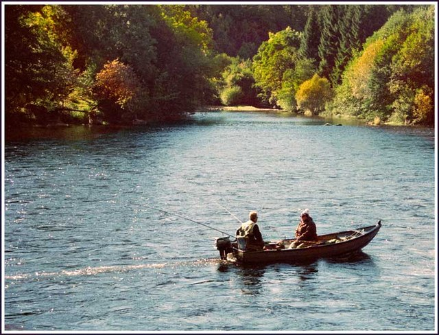 Anglers on the Tay