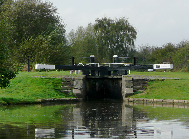 Common Lock near Fradley, Staffordshire