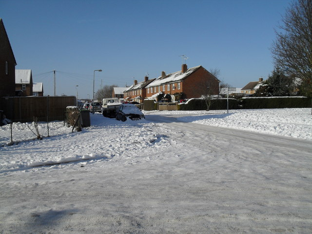 Looking from Hipley Road across Lockersley Road towards Swarraton Road