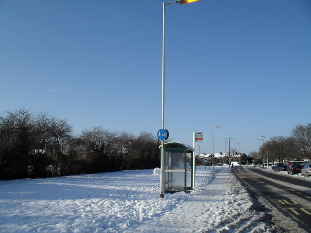 Bus shelter in Crossland Drive