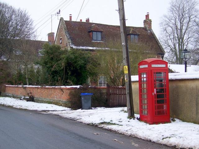 Telephone box, Berwick st James