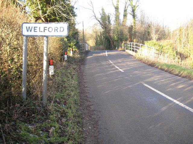 Welford: Bridge over the River Lambourn