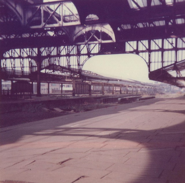Snow Hill Station (old canopies and roof)