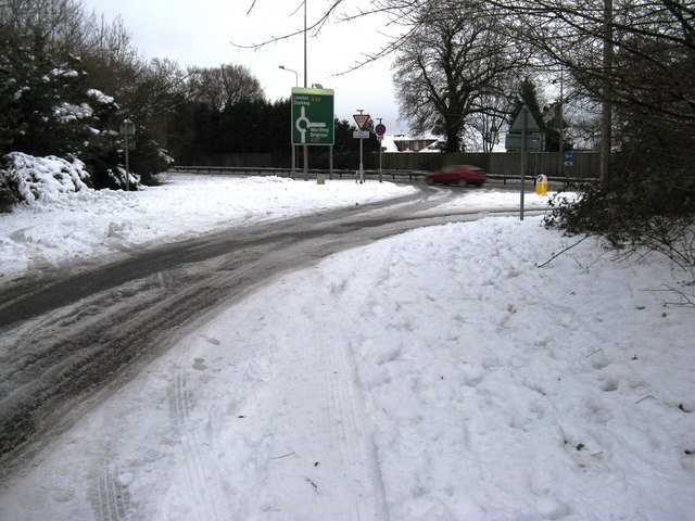 View from Dukes Road towards the merged A 27 and A 29