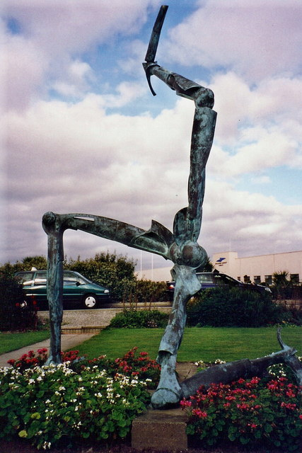 Ronaldsway Airport - Sculpture of Three Legs of IoM