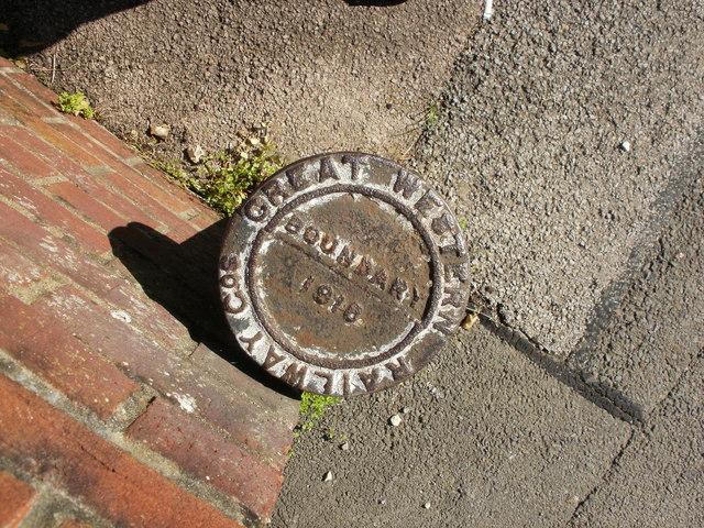 Great Western Railway boundary marker, Rogerstone