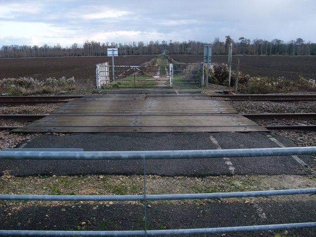 Bridleway across the Peterborough-Stamford railway line