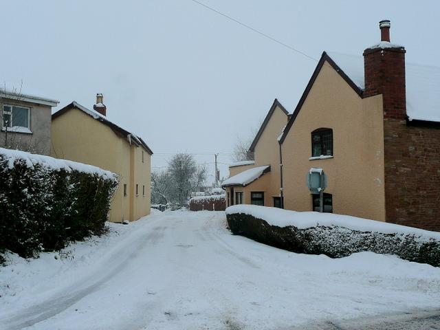 Bromsash crossroads in the snow