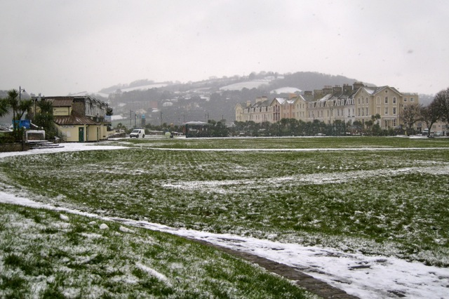 Snow in Teignmouth! (2)