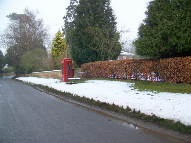 Telephone box, Marden