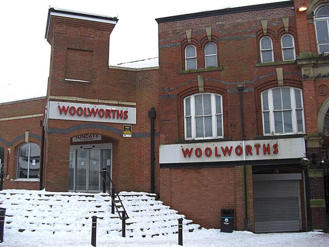 Woolworths, Oldham