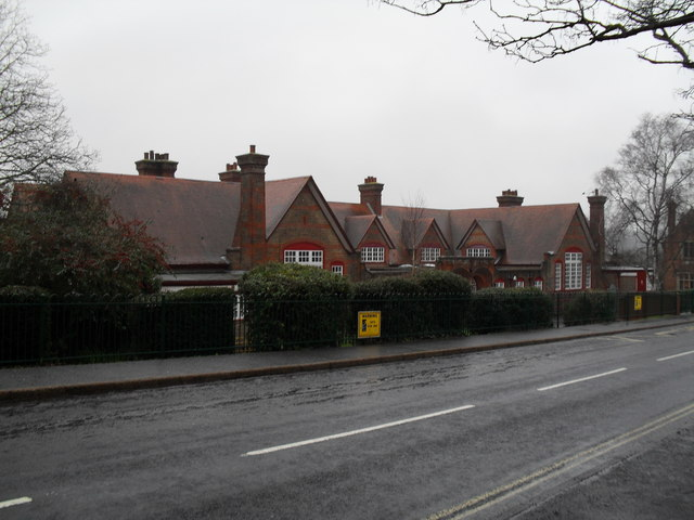 St Philip (RC) Primary School in London Road