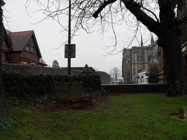 A bleak December afternoon in Arundel Cemetery (4)