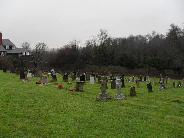 A bleak December afternoon in Arundel Cemetery (11)