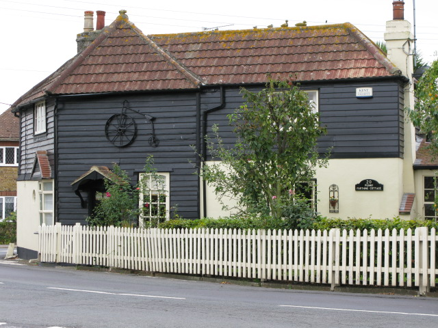 Penny Farthing Cottage, The Street, Lower Halstow